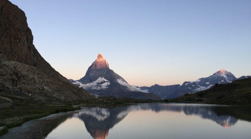 逆さマッターホルンを求めて…。スイス・リッフェル湖への旅  トラベルダイアリー