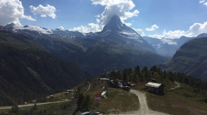 お気軽ハイキング♡スイス、スネガ・パラダイス旅行| トラベルダイアリー