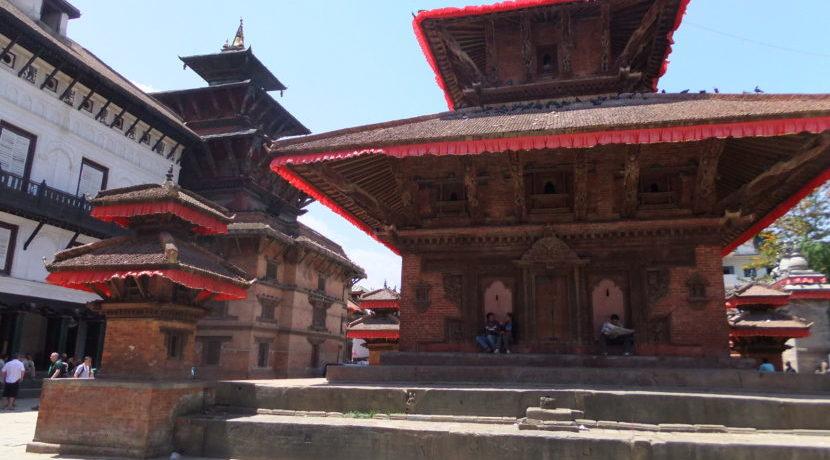 女子一人旅 in ネパール どこを見ても神様だらけの街カトマンズ  トラベルダイアリー