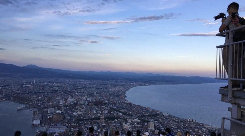 夏の涼しい時期に美味しいご飯と美しい景色の街、函館で満足旅♪| トラベルダイアリー