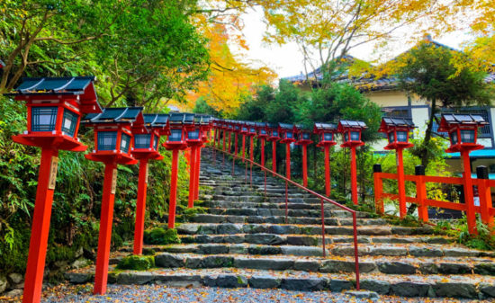 フォトジェニックだけじゃない!真の貴船神社の魅力に迫る| トラベルダイアリー