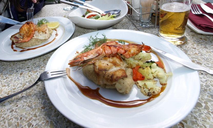 ケープポイントにある絶景レストランTwo Oceans Restaurant