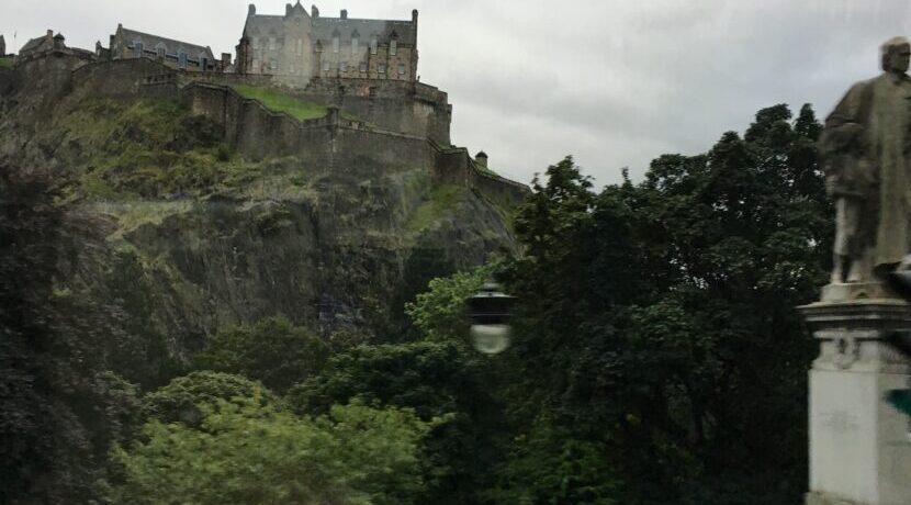 まるでファンタジーの世界のよう スコットランドの都エディンバラ| トラベルダイアリー