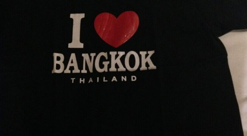 タイ・バンコクで遺跡寺院巡り| トラベルダイアリー