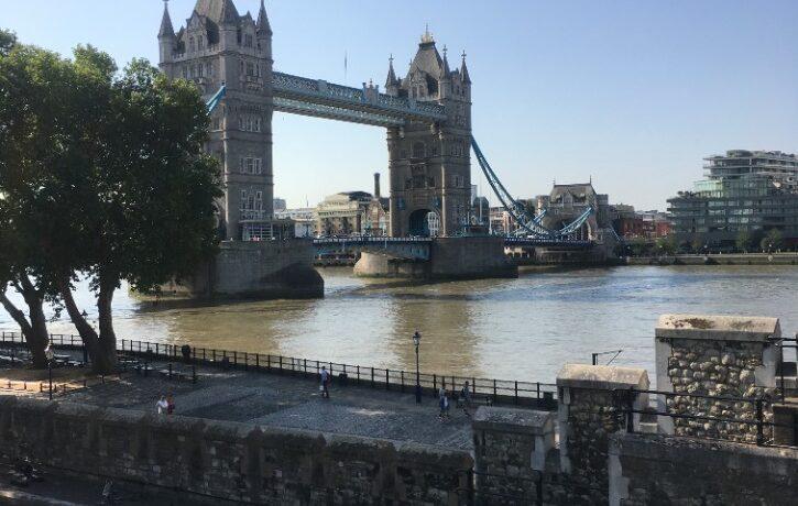 普段見られない景色をみる 真夏のロンドンと近郊日帰り旅| トラベルダイアリー