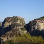 天空に浮かぶ世界遺産メテオラの修道院を訪れる| トラベルダイアリー