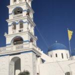 白い壁とブルードームの建物がかわいい、ギリシャ サントリーニ島| トラベルダイアリー