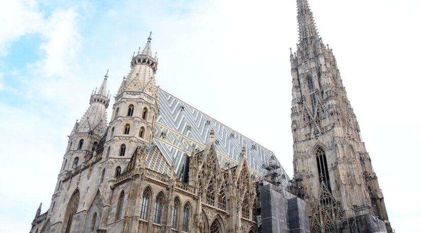 優雅な建築やカフェにうっとり♪伝統感じる中欧ウィーンを街歩き  トラベルダイアリー