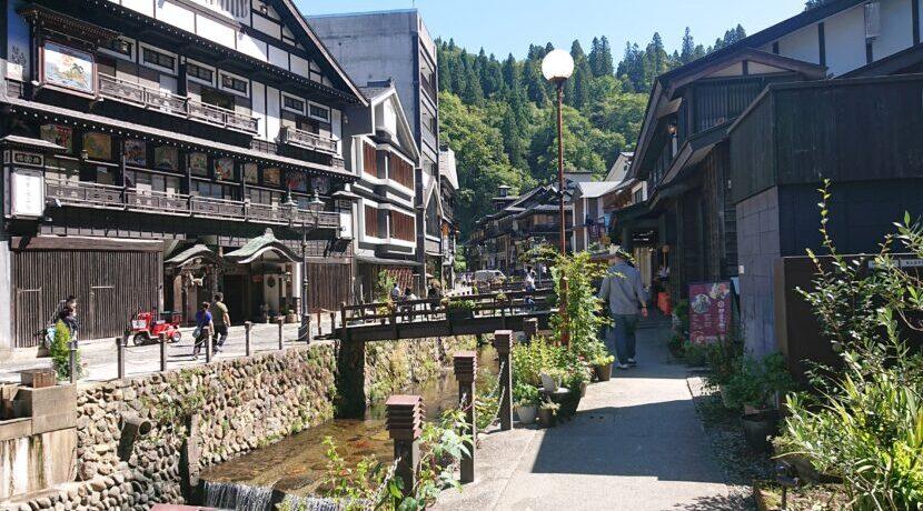 温泉天国・山形県で、東根温泉と銀山温泉をはしごする旅  トラベルダイアリー